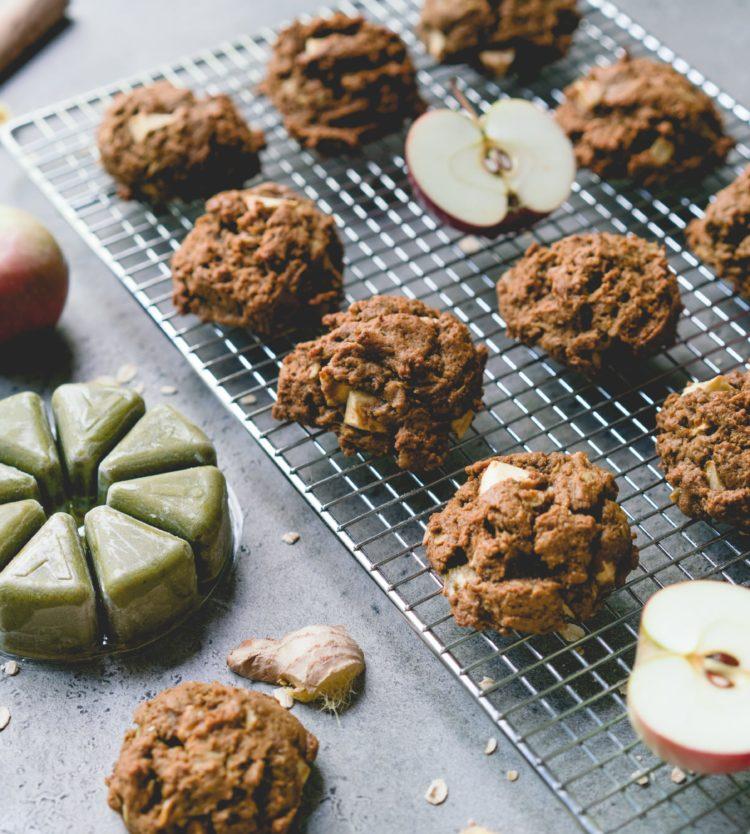 Biscuits à la Mélasse, aux Pommes et au Smoothie Pure