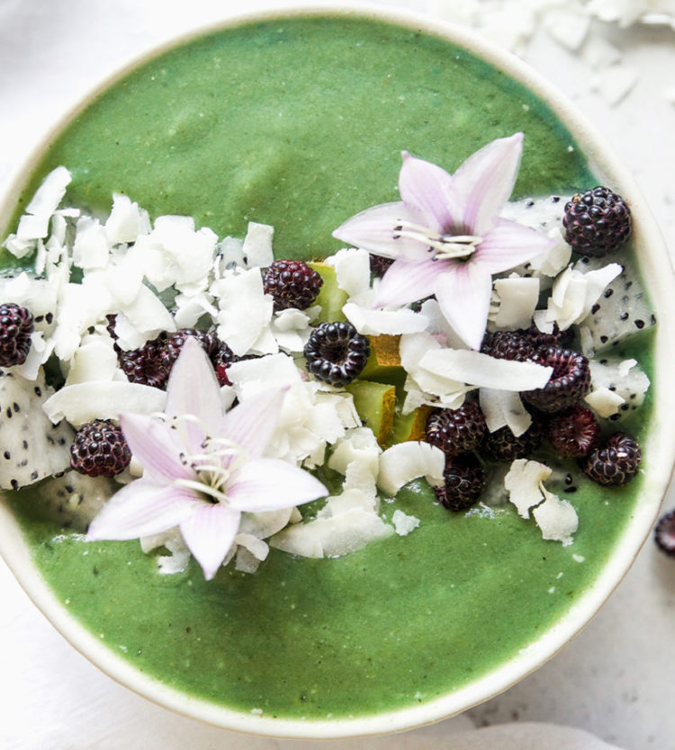 Clean Green Smoothie Bowl